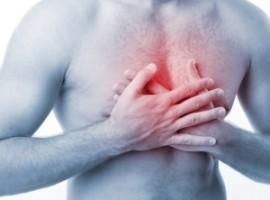 Обсуждаем лечение грудного остеохондроза в домашних условиях. Какие средства эффективны?