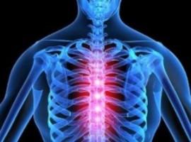 Узнаем как лечить остеохондроз грудного отдела в домашних условиях. Полезные упражнения.